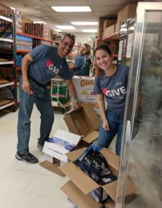 Interfaith's Drop-In Days: Try out a food pantry volunteer shift!
